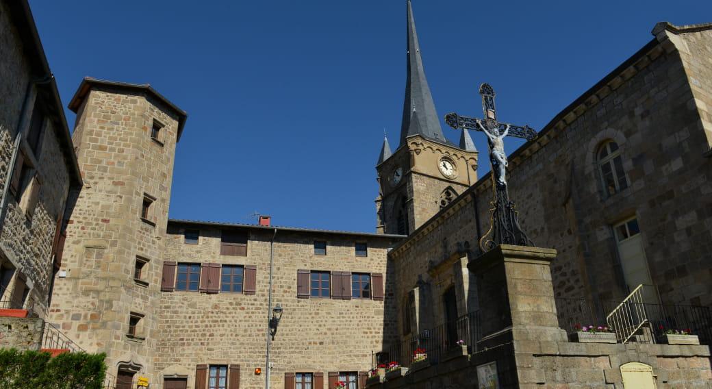 Patrimoine et traditions autour de Saint Pal de Chalencon