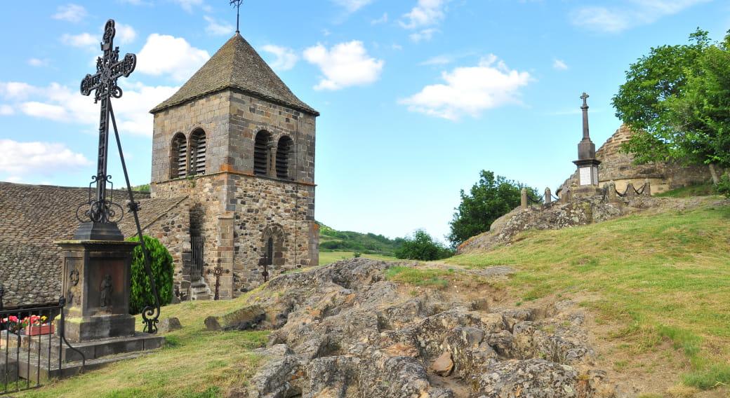 Église et site archéologique du Chastel