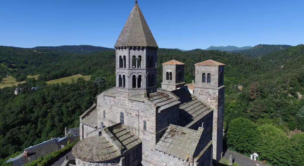 Eglise de Saint-Nectaire - Notre Dame du Mont Cornadore