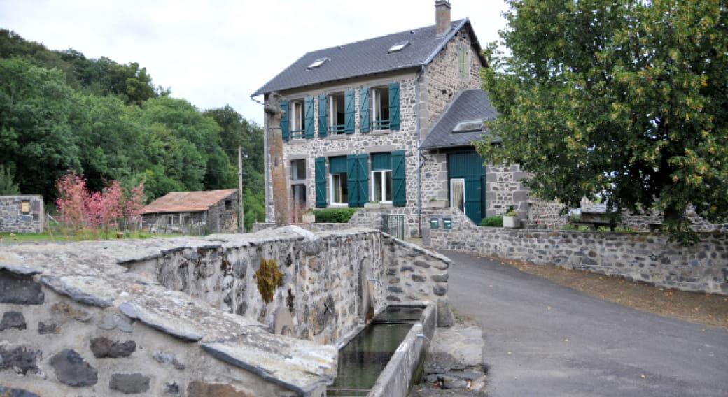 Gîte Auzolette 63979 - Courgoul