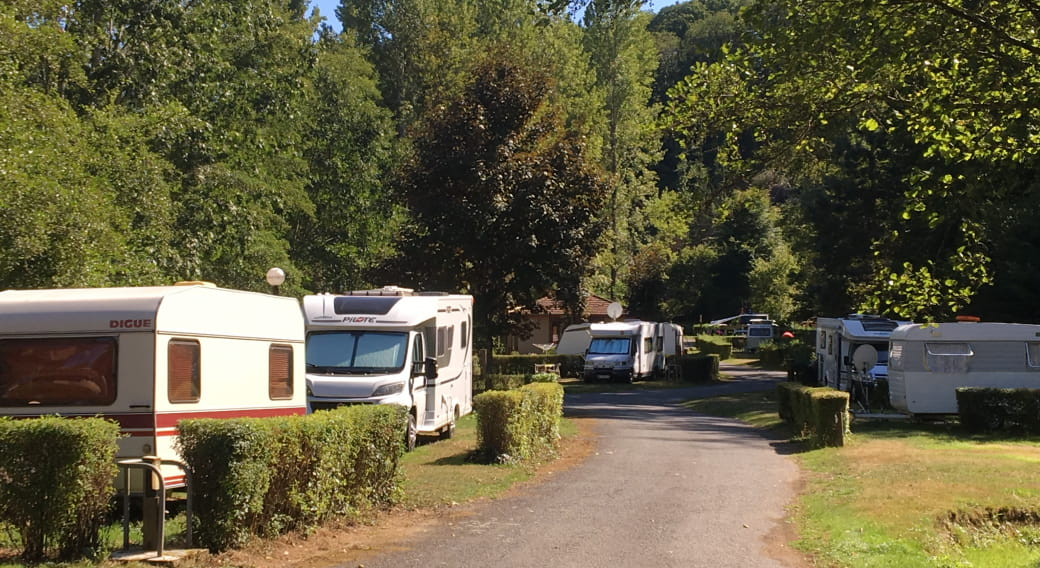 Emplacements - Camping de la Vallée