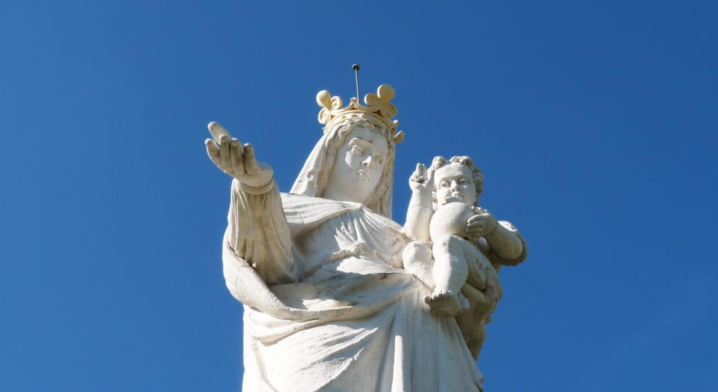 Vierge de Monton avec son enfant