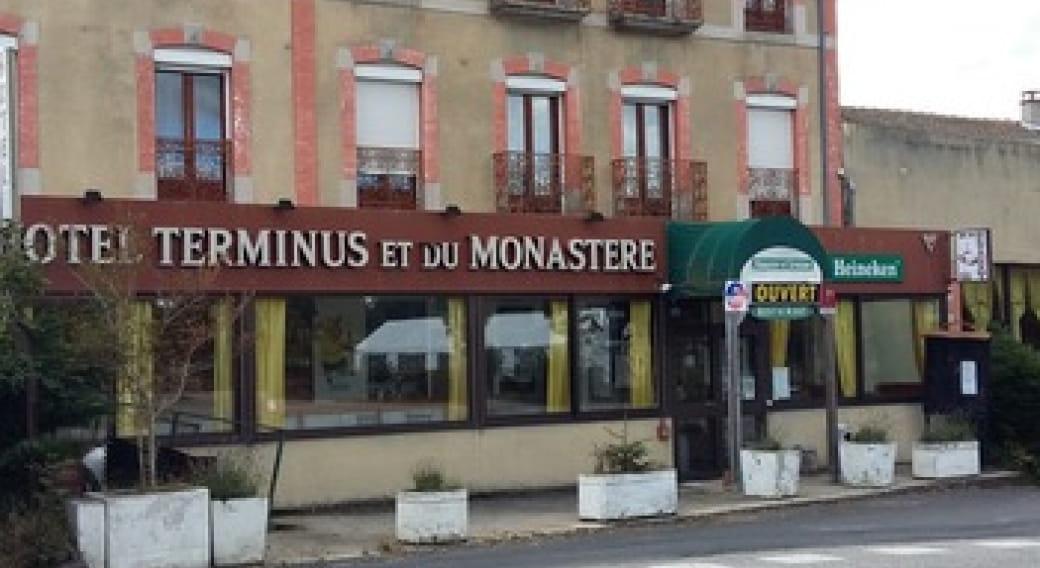 Hôtel Monastère et Terminus_La Chaise-Dieu