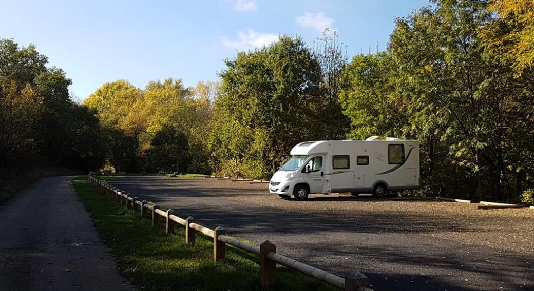 Borne services camping-car