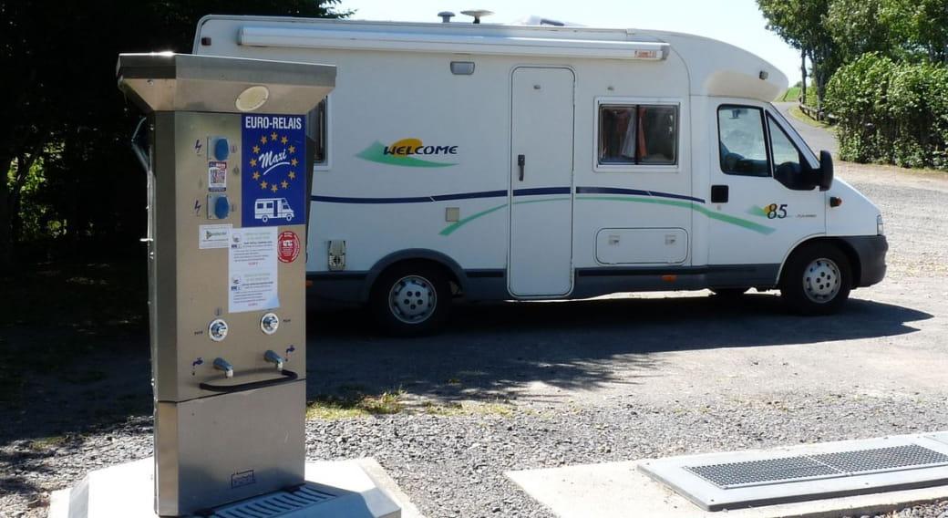 Aire de camping-cars du plan d'eau Val Saint-Jean