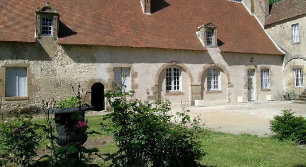 Gite du Chateau de Villard à Villeneuve sur Allier en AUVERGNE