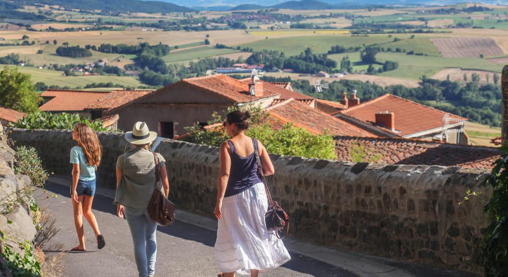 Village d'Usson - Plus Beau Village de France