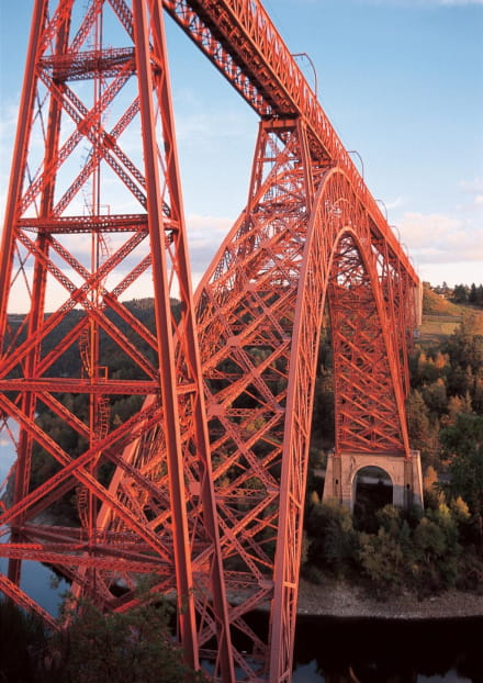 Le viaduc de Garabit, oeuvre d'Eiffel