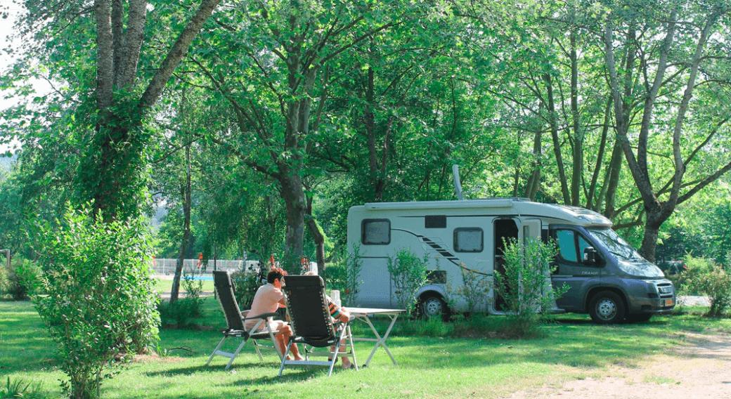 Aire d'accueil et de services sur camping
