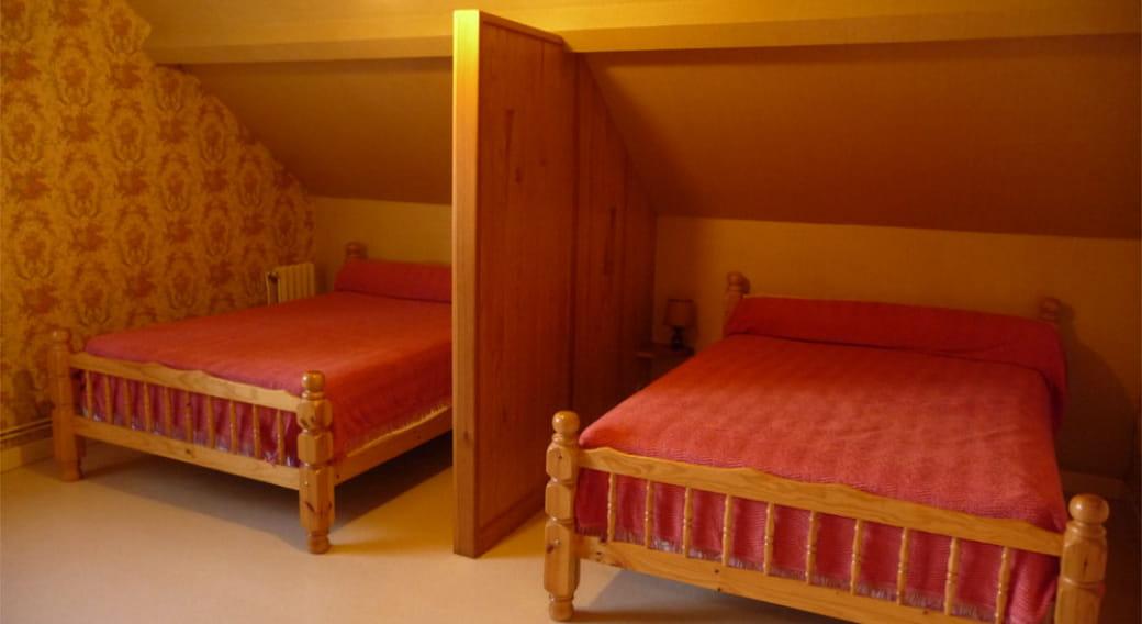 Appartement 1 Ballot Orcival chambre