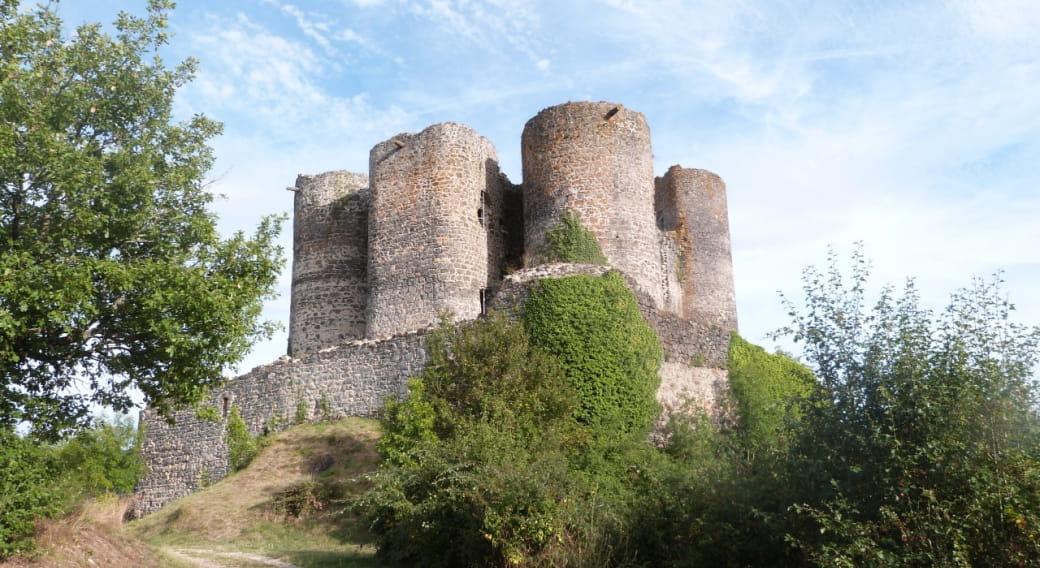 Visite du château de Domeyrat