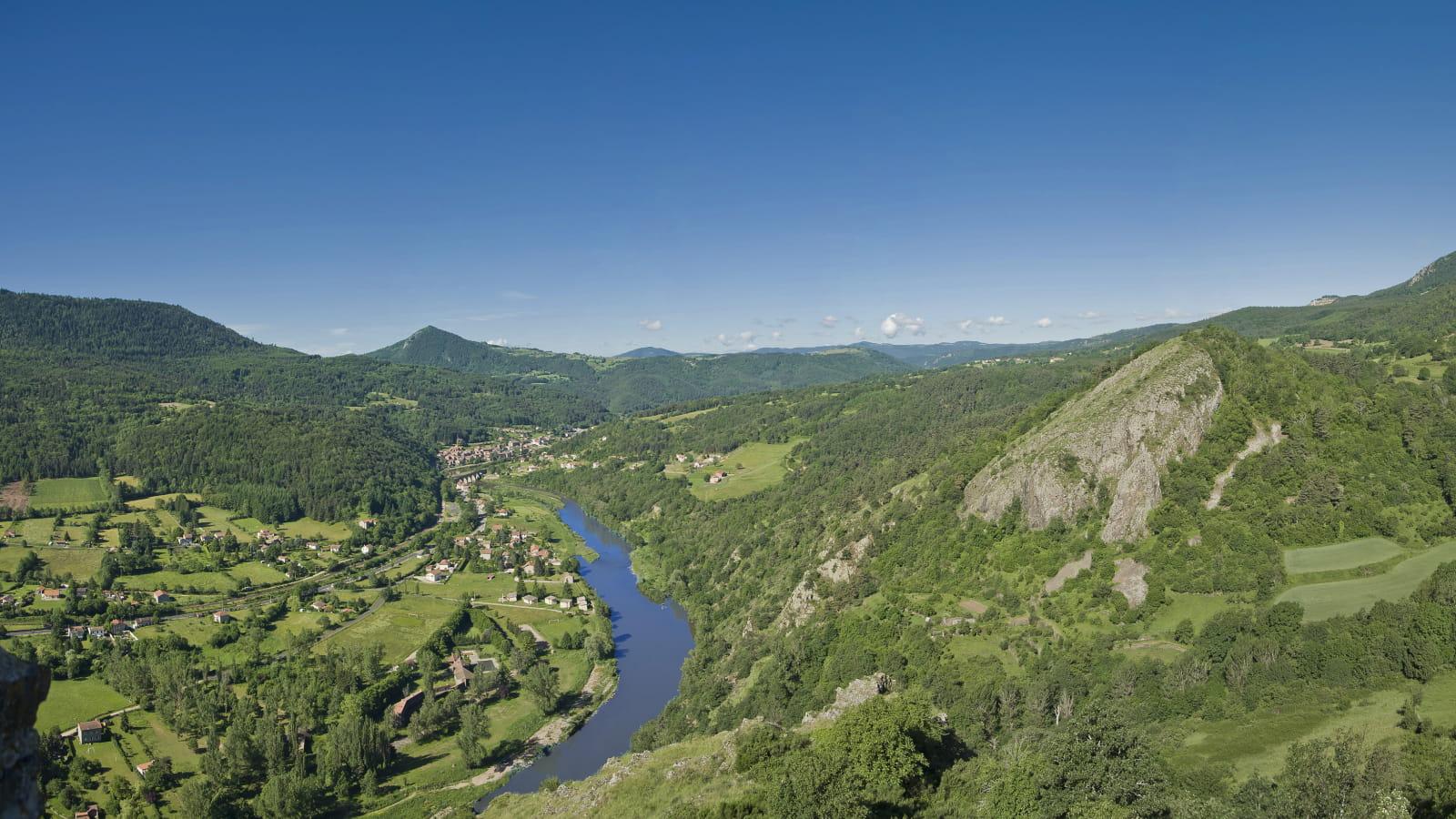 GR3  Source et gorges de la Loire