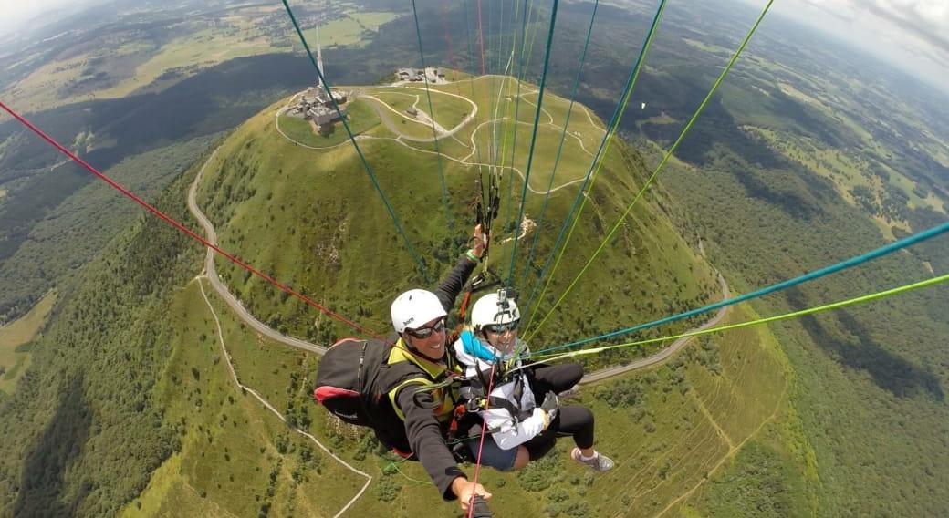 Air Dômes Parapente vols au sommet du Puy de Dôme