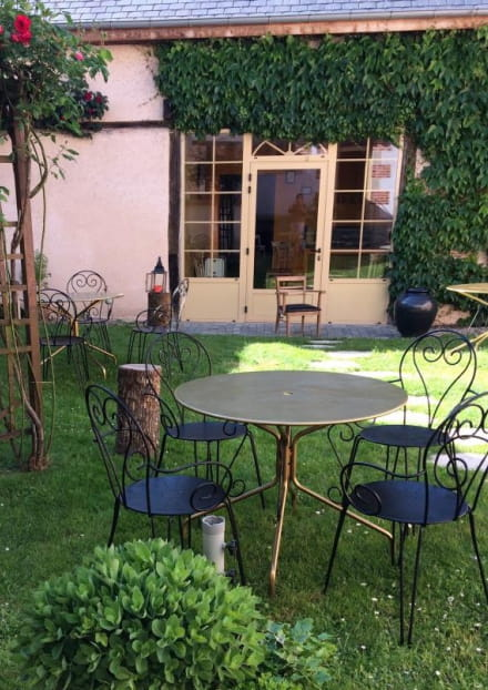 Chambres d'Hôtes à Chevagnes Côté Jardin