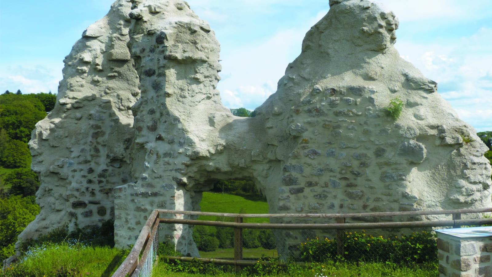 Ruines du château de Thynières