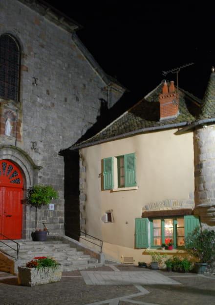 Visite guidée en nocturne de Montsalvy