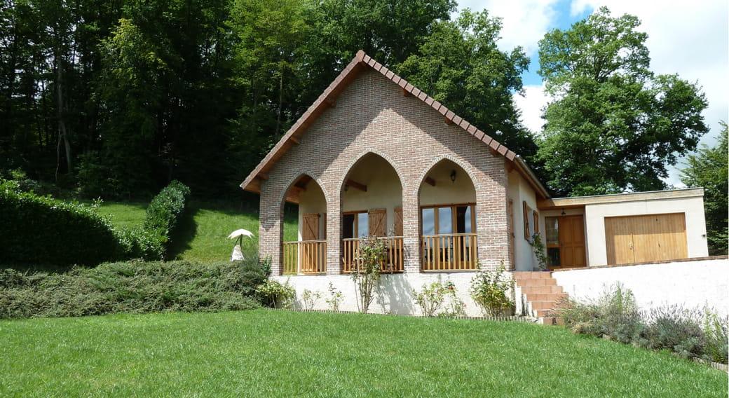 Gîte de Maulmont - Saint-Priest-Bramefant - vue extérieure