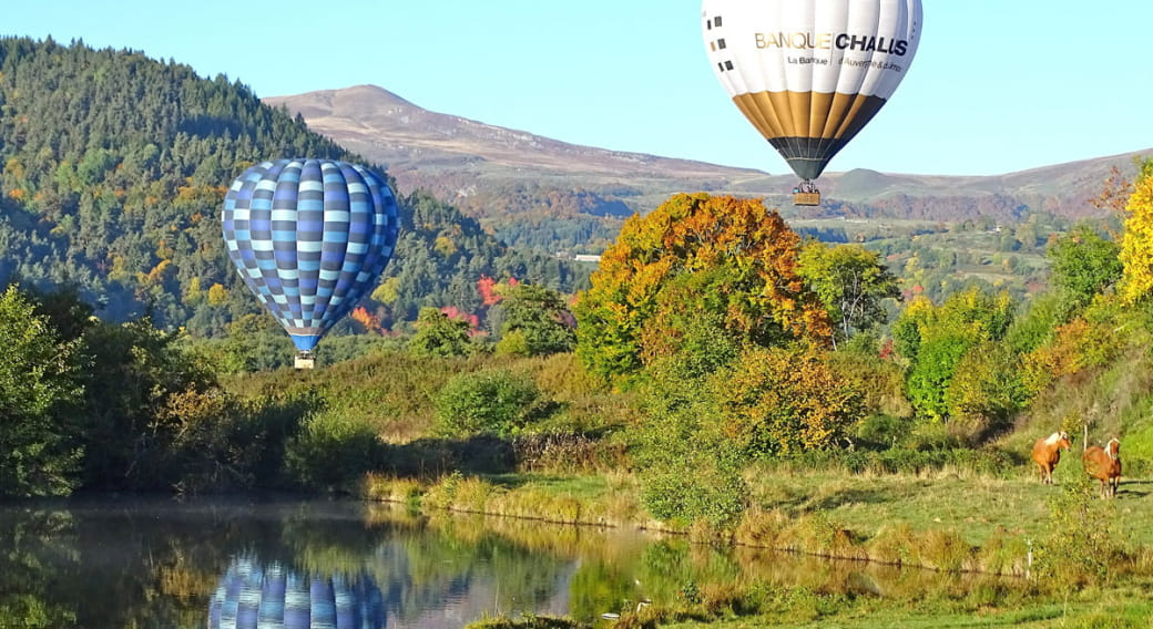 Auvergne Montgolfières : vol en montgolfiere
