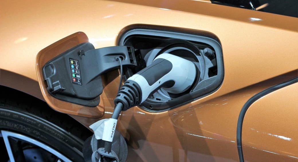 Borne de recharge voiture électrique