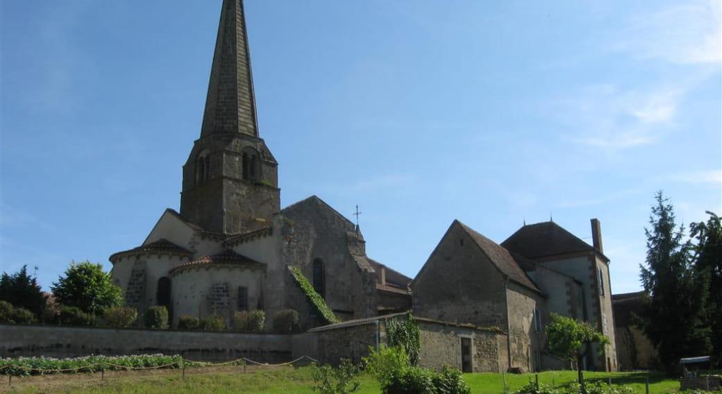 Vue lointaine église