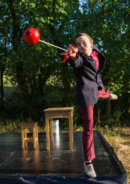 À tiroirs ouverts  Cie Majordome Cirque/jonglage