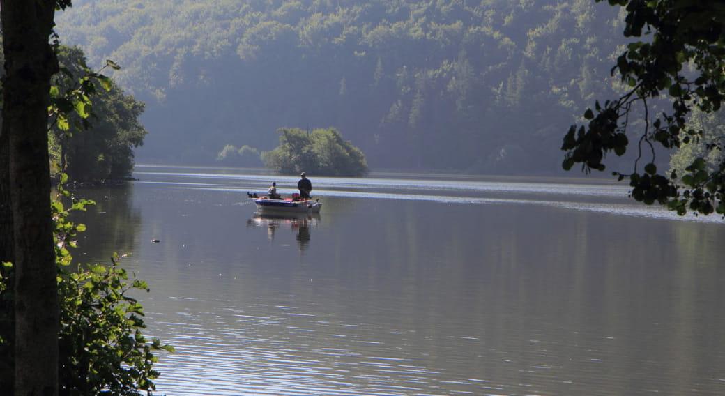 Site de pêche du Lac Chambon à Chambon sur Lac