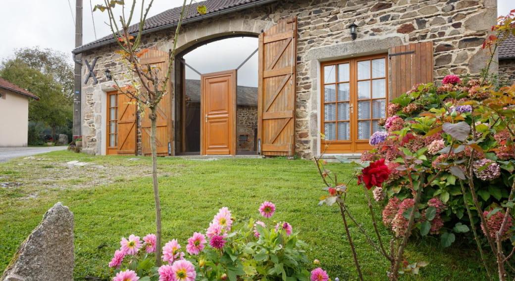 Gite Chez Anet à FERRIERES sur Sichon dans l'ALLIER en Auvergne