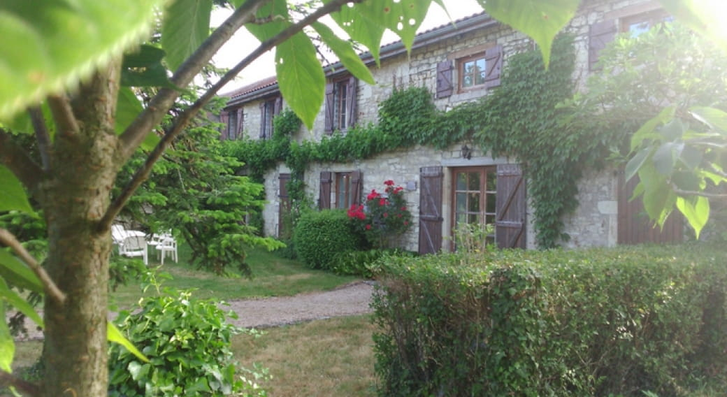 La Ferme de Rochefort - Chambres d'hôtes St Bonnet de Rft