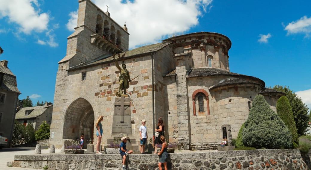Église romane Saint-Pierre - Saint-Michel, Saint-Urcize